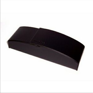 Jai Kudo black leather glasses case